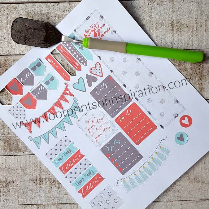 Easy DIY Planner Stickers with a free SVG cut file to use with your Silhouette or Cricut cutting machines.